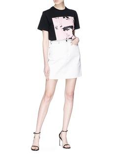 Calvin Klein 205W39NYC Dennis Hopper插画印花纯棉T恤