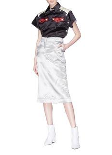 Calvin Klein 205W39NYC Diner Uniform金属钮扣拼色口袋缎面上衣