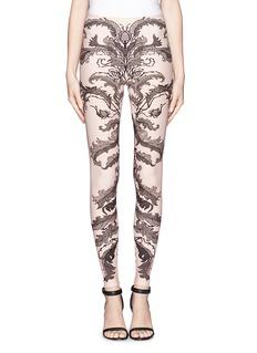 ALEXANDER MCQUEENBaroque lace print leggings