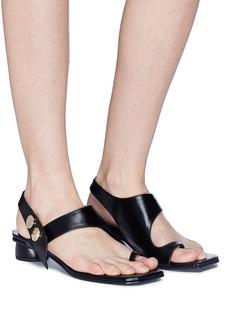REIKE NEN Toe ring leather slingback sandals
