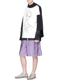 Pronounce Colourblock portrait embroidered oversized sweatshirt