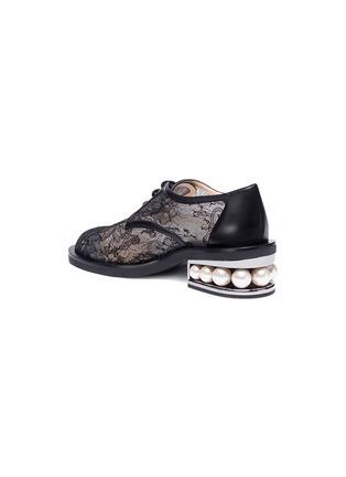 Detail View - Click To Enlarge - Nicholas Kirkwood - 'Casati' faux pearl heel guipure lace Derbies