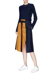 Comme Moi Belted colourblock felted wool blend skirt