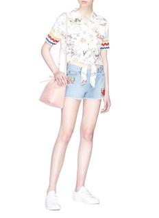 MIRA MIKATI 手绘图案扭结短款衬衫