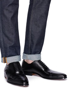 Magnanni Cap toe leather Oxfords