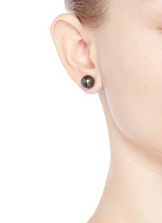 Kenneth Jay Lane Medium coated glass pearl stud earrings