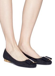SALVATORE FERRAGAMO Capua花形粗跟蝴蝶结绒面真皮平底鞋