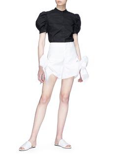 Xiao Li Bow cuff poplin shorts