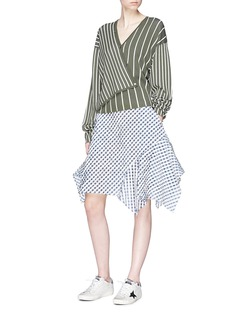 Dawei Slant placket mix stripe cardigan