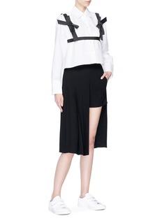 Shushu/Tong Detachable bow harness cropped shirt