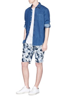 Denham 'Raptor' floral camouflage print chambray shorts