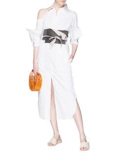 Silvia Tcherassi Golfi条纹腰带挖单肩府绸衬衫裙