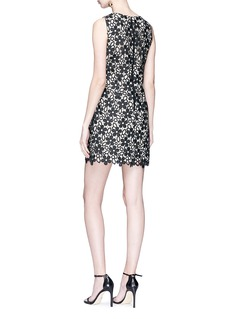 alice + olivia 'Clyde' floral guipure lace shift dress