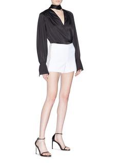 alice + olivia 'Sherri' strass outseam shorts