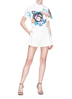 HELEN LEE Geometric floral bunny print cropped shirt
