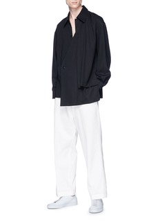 ETHOSENS Asymmetric hem layered shirt