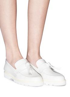STUART WEITZMAN Tassel单结缀饰真皮乐福鞋
