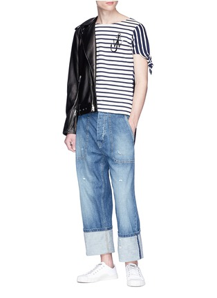 - JW Anderson - Asymmetric knot sleeve stripe unisex T-shirt