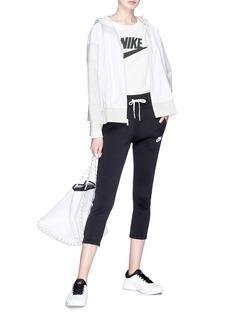 Nike Stripe outseam cropped sweatpants