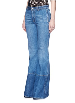 Front View - Click To Enlarge - Alexander McQueen - Contrast wash flared denim pants
