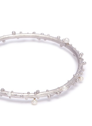 Detail View - Click To Enlarge - Belinda Chang - 'First Frost' freshwater pearl bangle