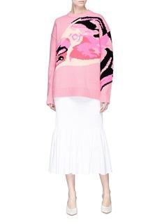 VICTORIA, VICTORIA BECKHAM 'Flamingo' intarsia oversized lambswool sweater