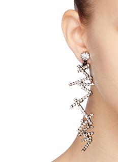 KENNETH JAY LANE 玻璃水晶锯齿吊坠金属耳环