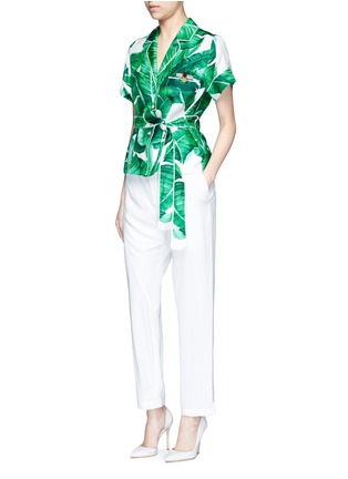 Figure View - Click To Enlarge - Dolce & Gabbana - Embellished banana leaf print belted silk pyjama top