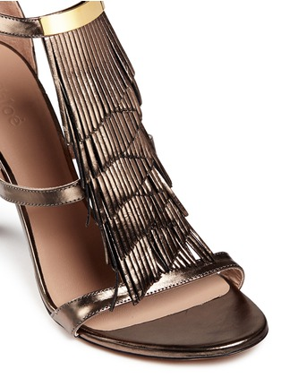 Detail View - Click To Enlarge - Chloé - Fringe metallic leather sandals