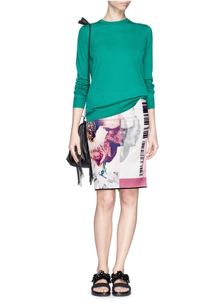 Figure View - Click To Enlarge - MO&CO. EDITION 10 - Floral patchwork print pencil skirt