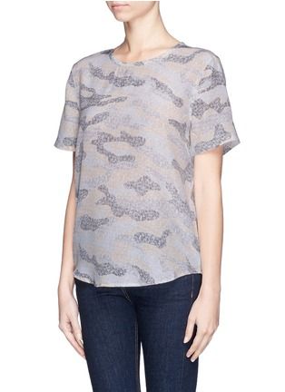 Front View - Click To Enlarge - Equipment - 'Riley' lace print camouflage T-shirt