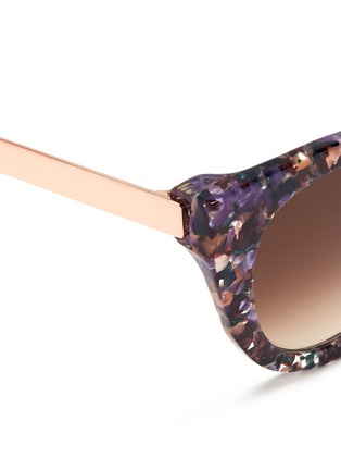 Detail View - Click To Enlarge - Thierry Lasry - 'Snobby' shell effect acetate angular cat eye sunglasses