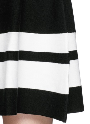 Detail View - Click To Enlarge - Mo&Co. - Contrast stripe knit skater dress