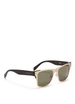 模特儿示范图 - 点击放大 - ALEXANDER MCQUEEN - 金属粗框太阳眼镜