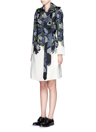 Front View - Click To Enlarge - Comme Moi - Abstract print piqué trench coat