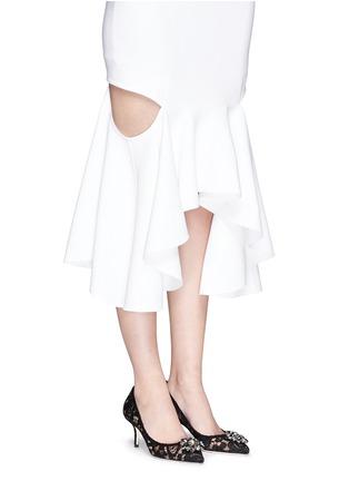 模特儿示范图 - 点击放大 - DOLCE & GABBANA - 仿水晶装饰蕾丝中跟鞋
