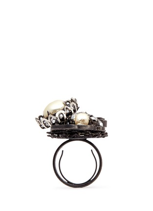 Detail View - Click To Enlarge - Miriam Haskell - Crystal pearl crescent ring