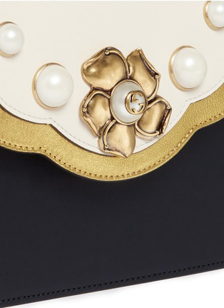 Detail View - Click To Enlarge - Gucci - 'Peony' floral faux pearl stud leather chain bag