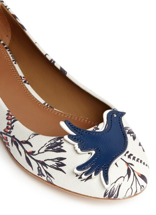 Detail View - Click To Enlarge - Tory Burch - Sparrow appliqué floral print ballet flats