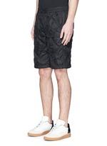 菱格缝线短裤
