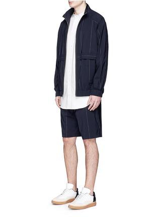 模特儿示范图 - 点击放大 - ALEXANDER WANG  - 细条纹混初剪羊毛夹克