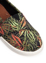 Tiny Classic palm print canvas toddler slip-ons