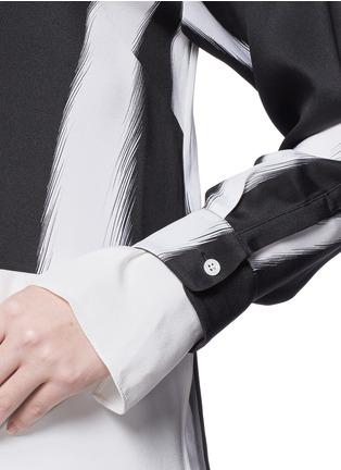 细节 - 点击放大 - 3.1 PHILLIP LIM - Layered sleeve stripe print shirt