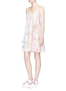 Calvin Klein Collection'Lucinda' floral print pleated silk satin dress