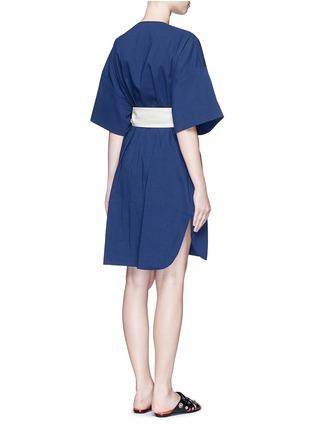 Back View - Click To Enlarge - Cédric Charlier - Waist sash kimono sleeve linen-cotton dress