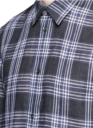 Detail View - Click To Enlarge - Maison Margiela - Mixed check linen-cotton shirt