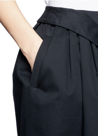 Detail View - Click To Enlarge - McQ Alexander McQueen - Flare twill skirt