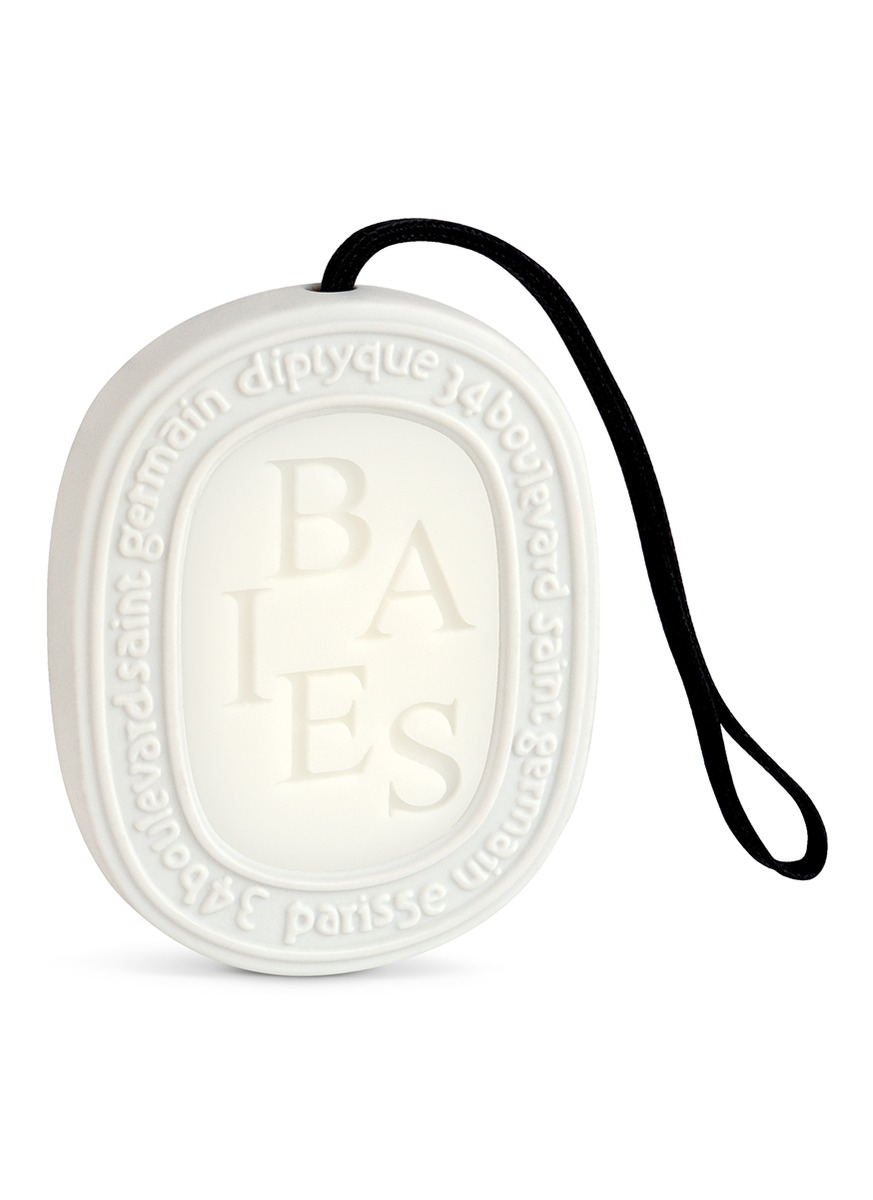 Baies Scented Oval by diptyque