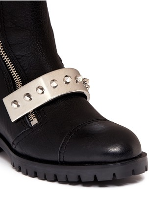Detail View - Click To Enlarge - Alexander McQueen - Studded plate leather biker boots
