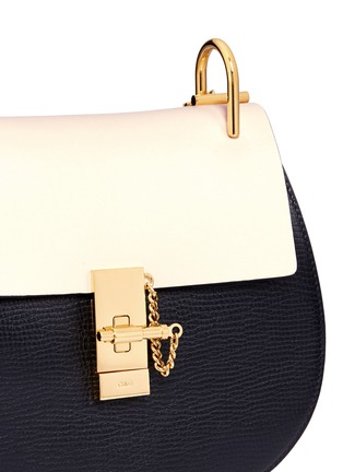 Detail View - Click To Enlarge - Chloé - 'Drew' small colourblock leather shoulder bag